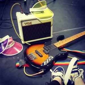 visors, amp, bass